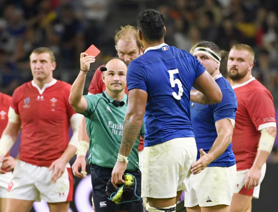 French official calls World Cup ref's picture with Wales fans 'shocking'