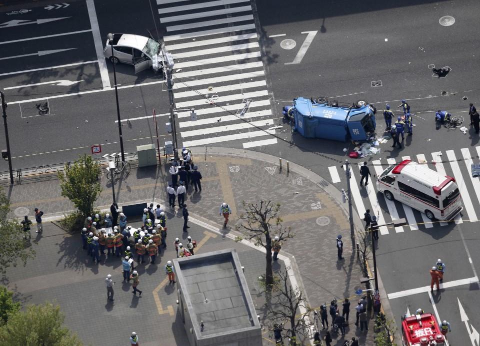 Human error suspected in fatal car crash in Tokyo