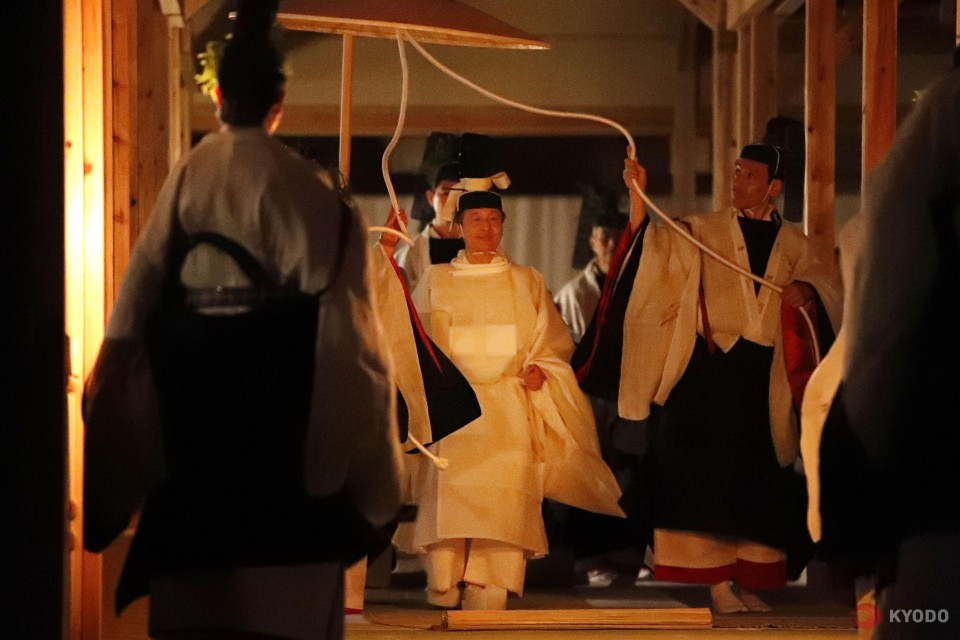 Japan Emperor Begins Last Accession Rite: Spending Night With Goddess