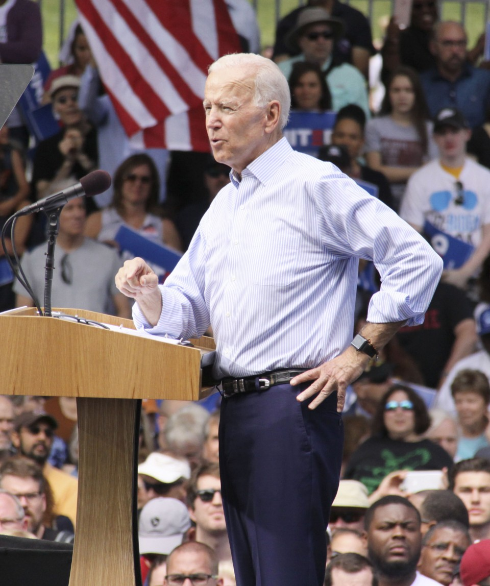 Obama, Sanders back Biden for president