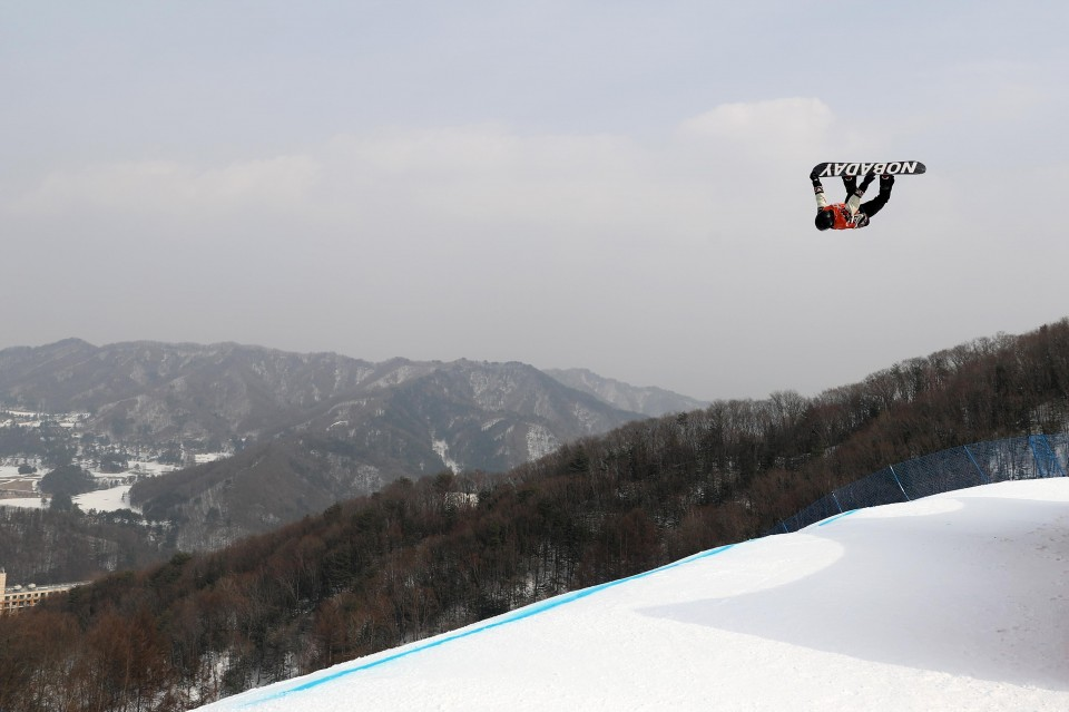 Mark McMorris goes for gold in men's slopestyle Saturday night