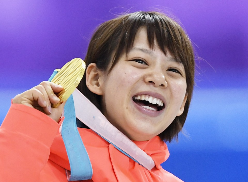 winter-olympics-japan-women-gold-pusy-and-as-oily