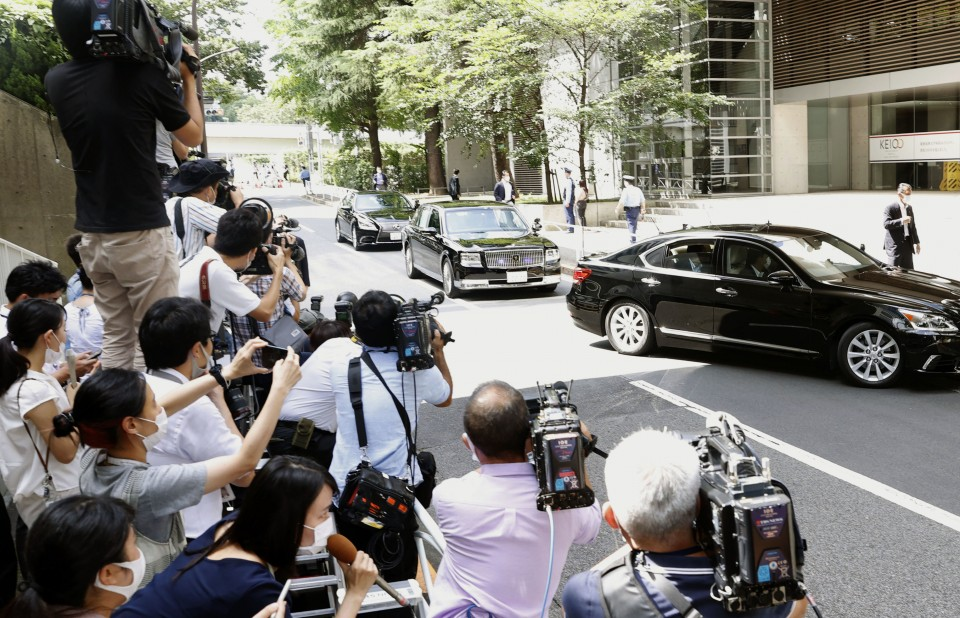 Concerns persist over Shinzo Abe's health on landmark day for Japan's PM