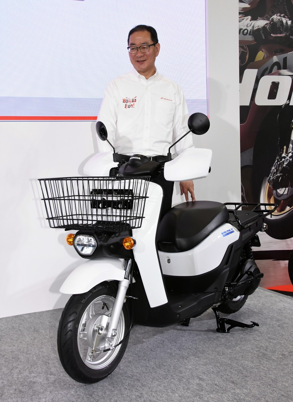 Manufacturers Target New Riders New Challenges At Tokyo Motorcycle Show
