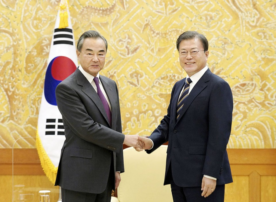 Moon, Wang agree to work on Xi's visit to S.Korea