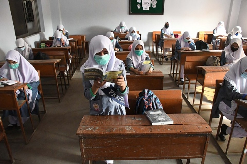 Pakistan schools welcome back students amid concerns