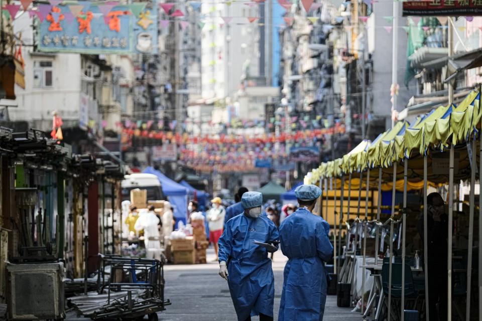 Hong Kong orders thousands to stay home in coronavirus lockdown