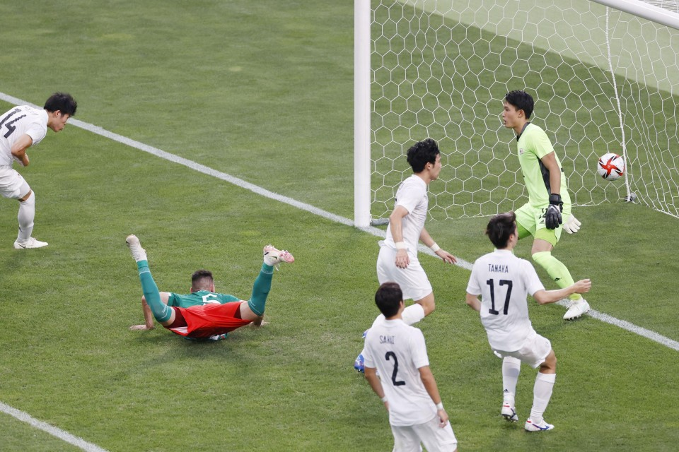 Olympics: Japan lose to Mexico in men's football bronze medal match