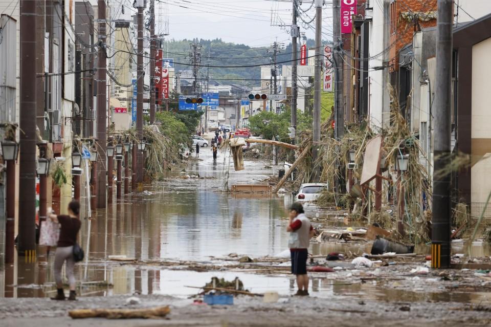 منطقة هيتويوشي في محافظة كوماموتو فاضت بمياه نهر كوما القريب | عبر وكالة كيودو