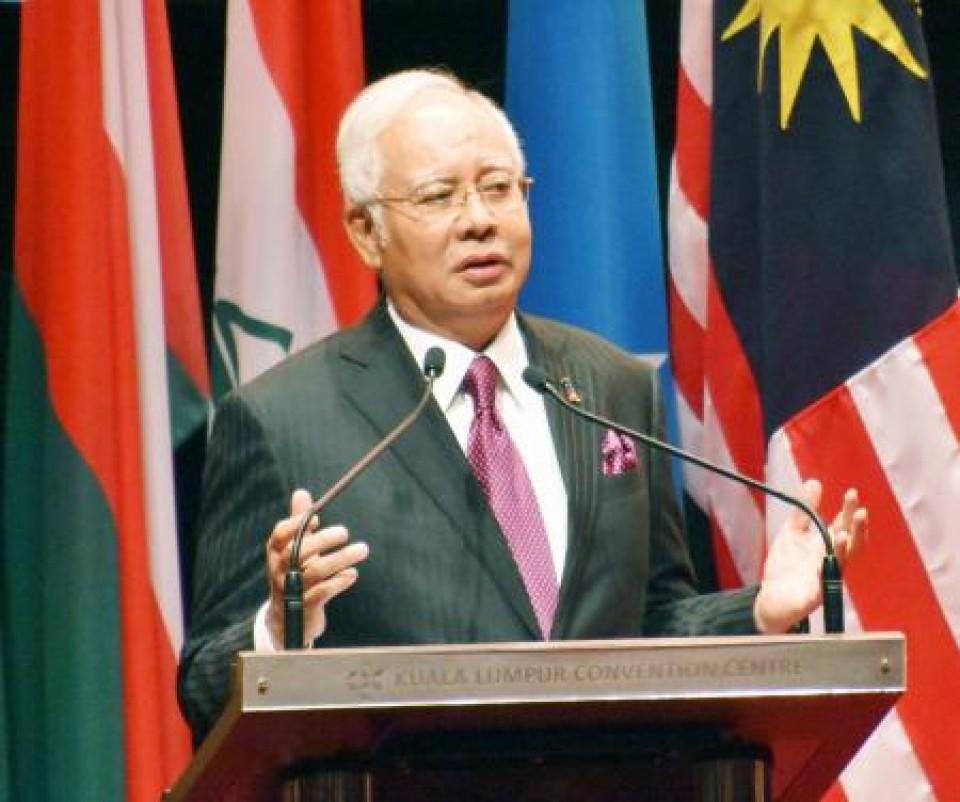 Malaysia: Police raid former PM Najib Razak's residences