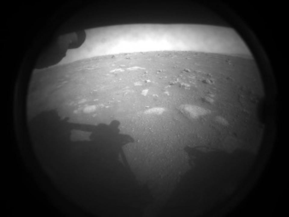 NASA pousa em Marte para missão em busca de sinais de vida