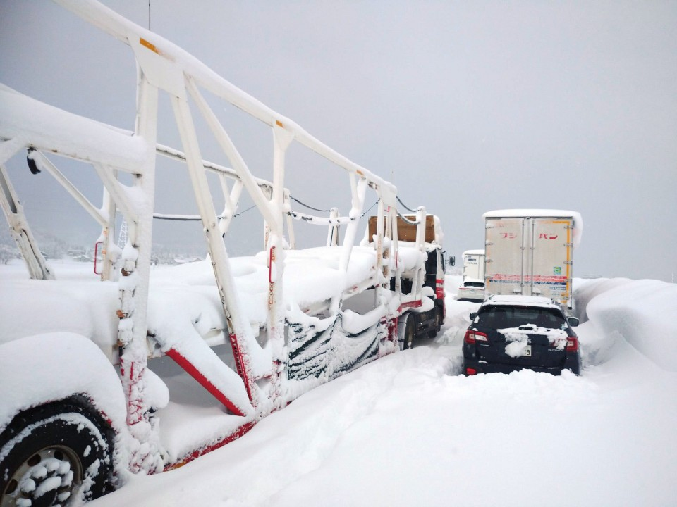 Japanese snowstorm brings traffic to a halt on expressway in Niigata prefecture
