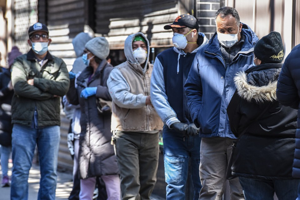 CDC Recommends Public Wear Face Masks