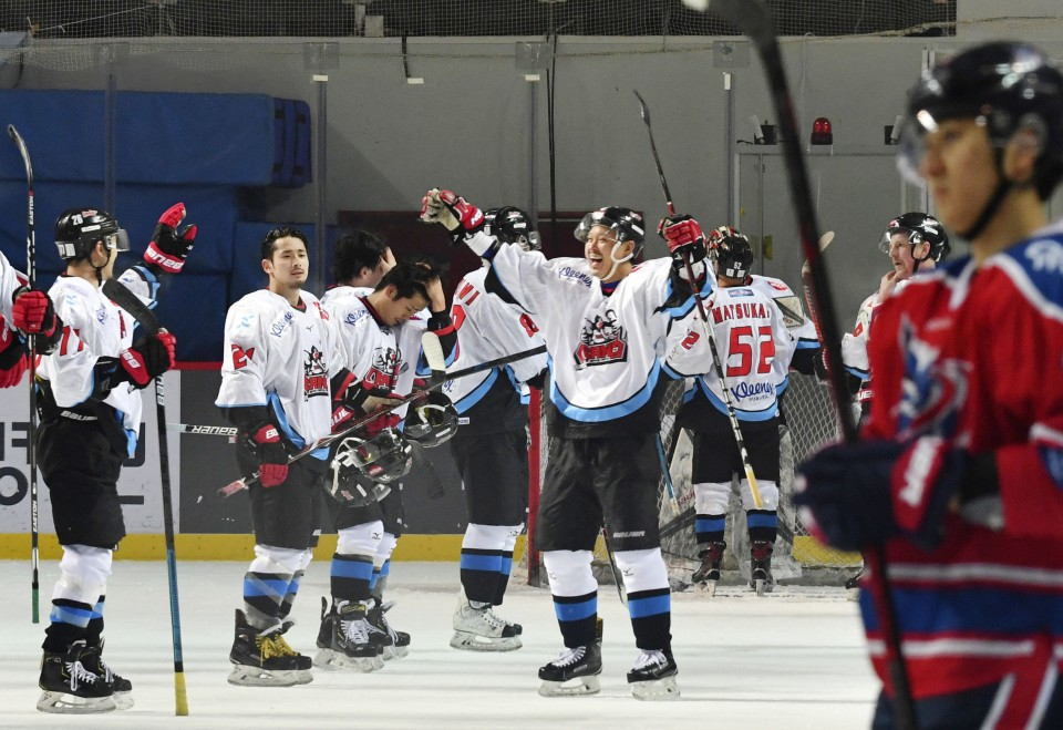Ice Hockey: Japan's Nippon Paper Cranes advance to Asia League final
