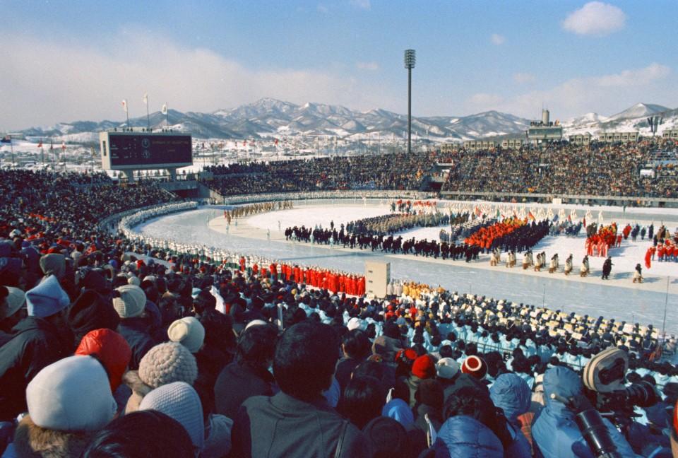 حفل افتتاح أولمبياد سابورو الشتوية عام 1972 | عبر كيودو