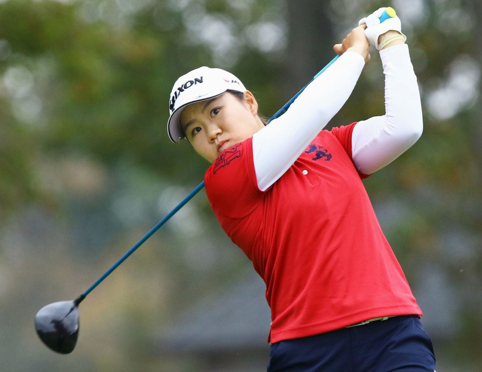 Sei Young Kim has late birdie run to take Women's PGA lead