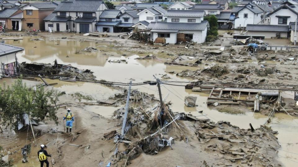 الدمار الواسع الذي خلفه الإعصار هاغيبيس شمال شرق اليابان | عبر وكالة كيودو