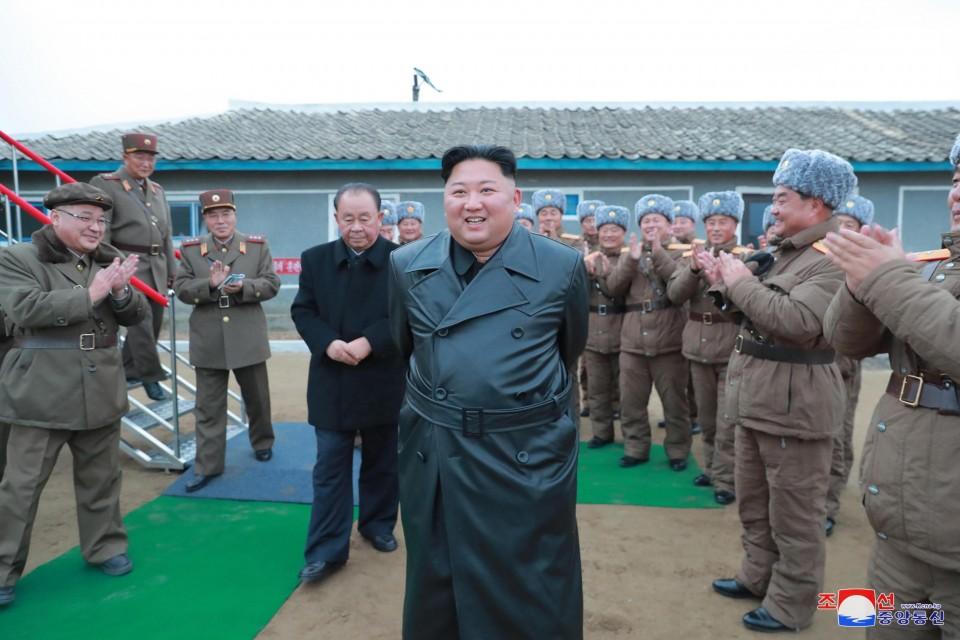 كيم جونغ أون عبر وكالة الأنباء الكورية الشمالية المركزية