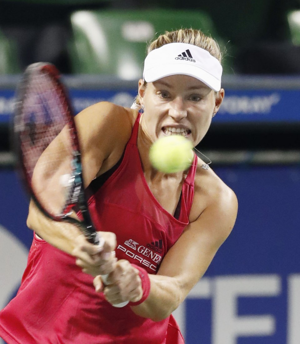 Muguruza, Wozniacki advance to Pan Pacific semifinals