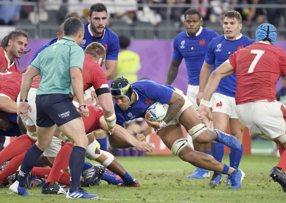 France's Vahaamahina confirms test retirement after seeing red v Wales