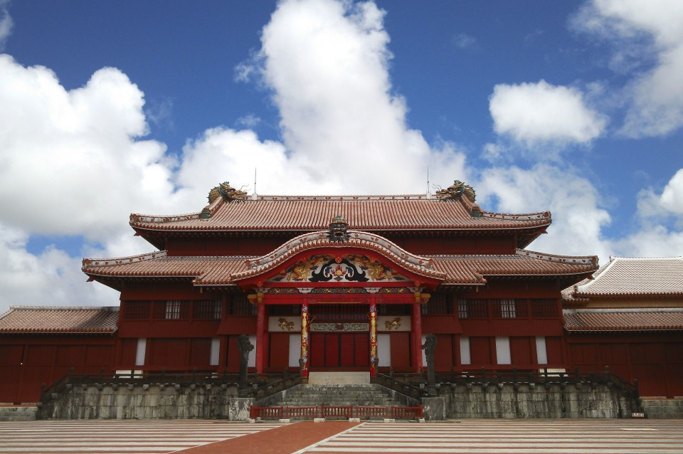 Fire tears through historic Japanese Shuri Castle
