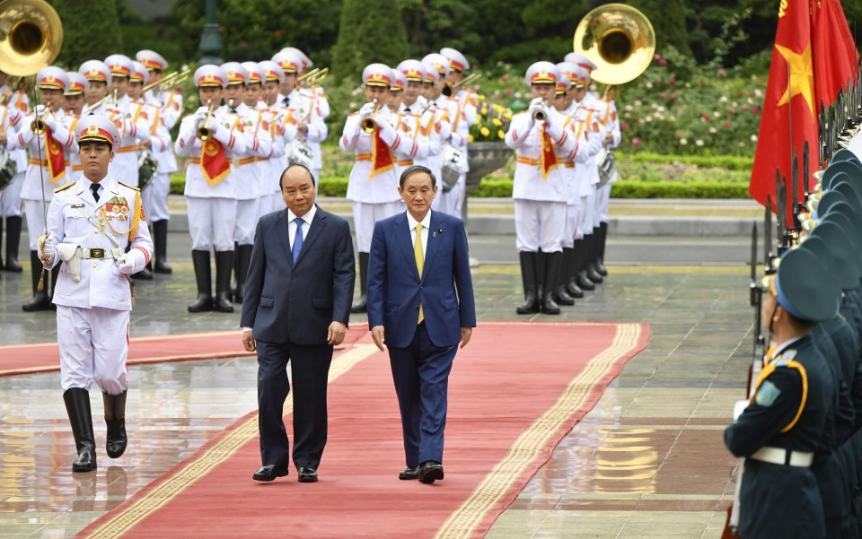 Japan, Vietnam boost defense ties as South China Sea tensions mount