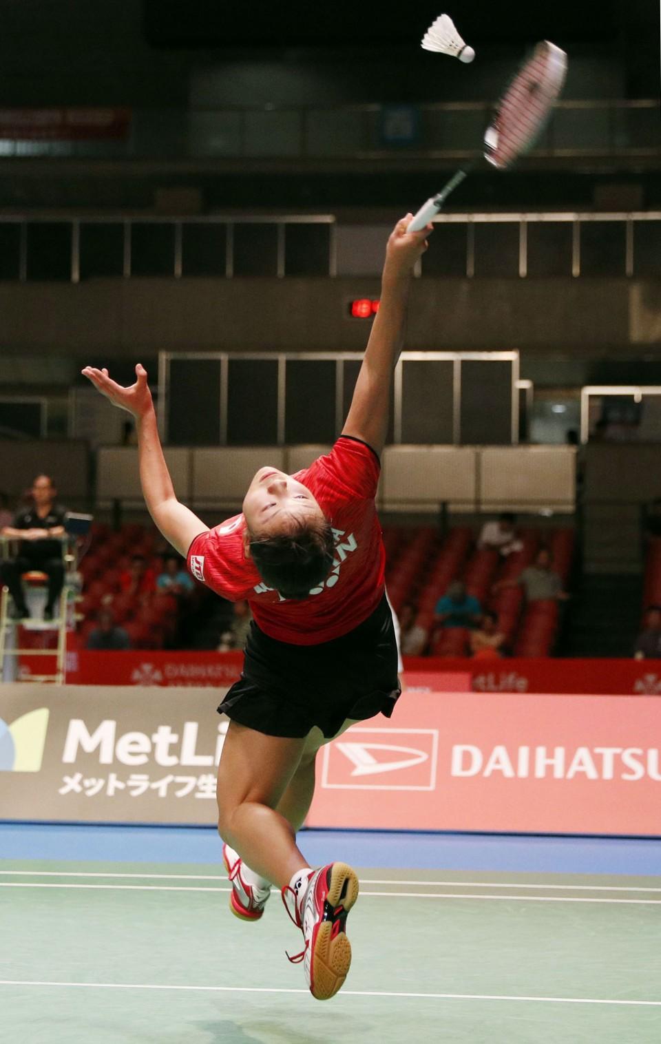 Badminton Okuhara sets up worlds rematch against Sindhu