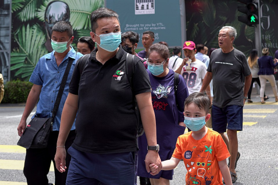 Thousands leave China's pandemic epicentre as 11-week lockdown lifts
