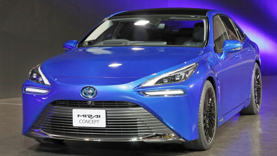 Toyota S New Fuel Cell Model To Debut In 2020 With 30