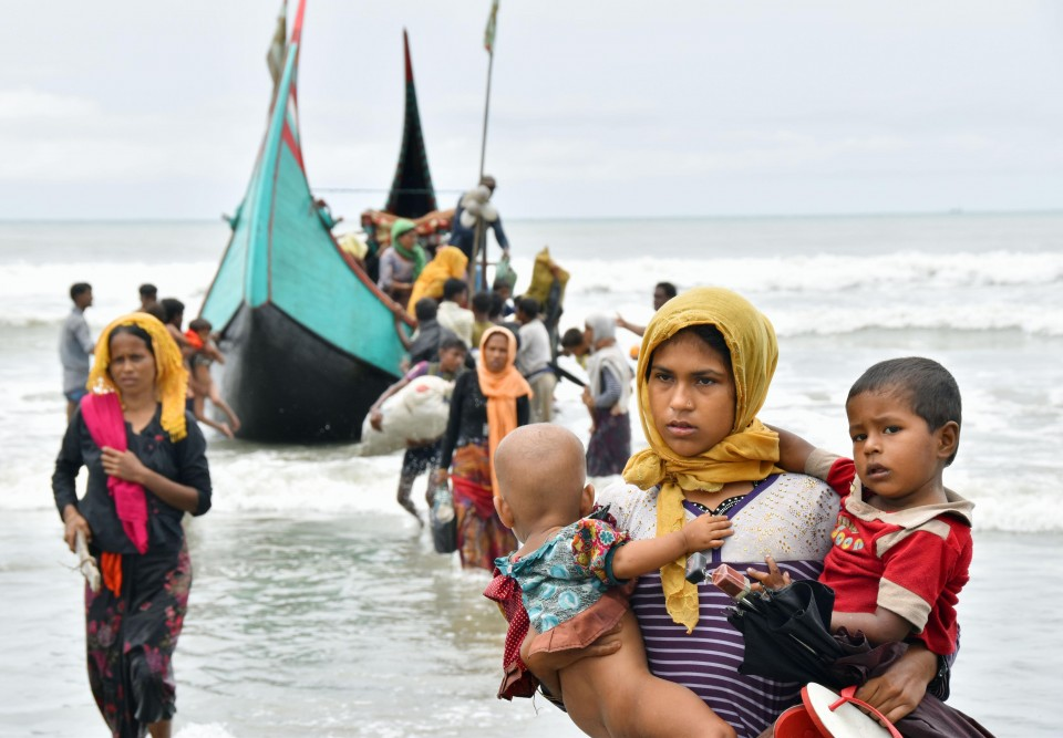 10000-15000 Rohingyas flee to Bangladesh in 48 hours